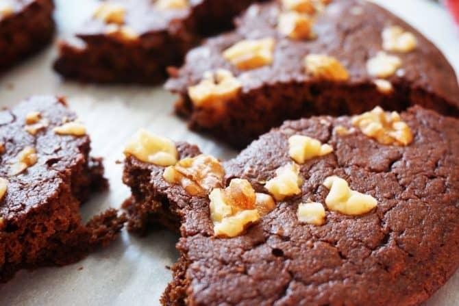chocolate skillet cookie broken